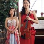 ピアノ・林由香氏(写真左)とバイオリン・松尾沙樹氏(写真右)による奏者ご挨拶