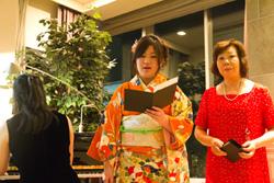 独唱:野口理恵・宮本あきほ 伴奏:上野綾子